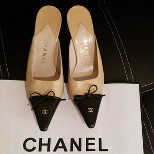Chanel Leather Beige Black Cap Toe Mules Heels
